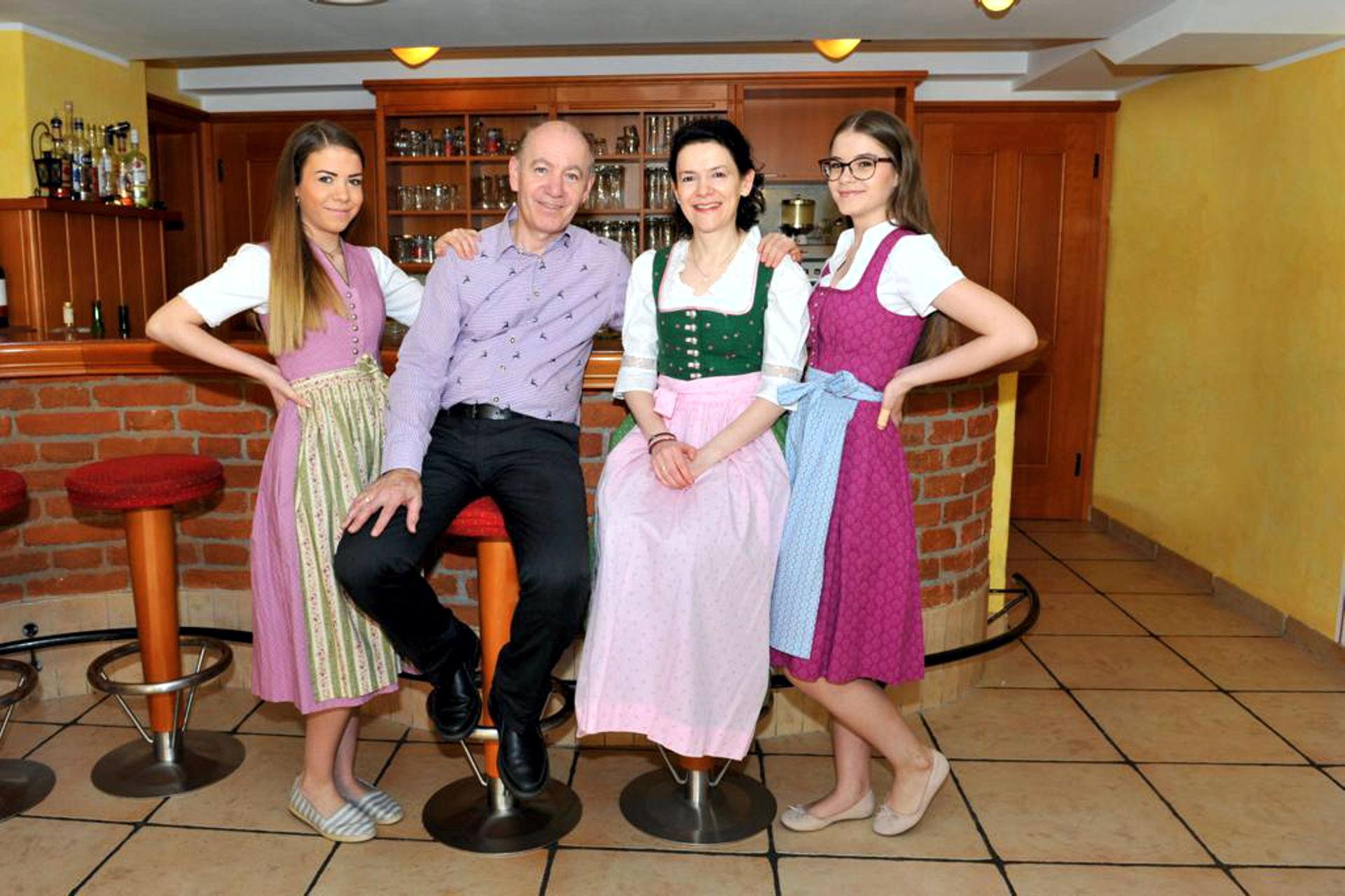 Familie Enichlmayr vom Wellness-Hotel-Gasthof Enichlmayr